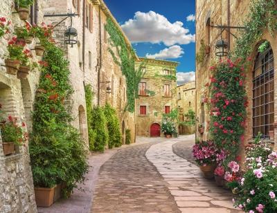 Flolar, old Italy street