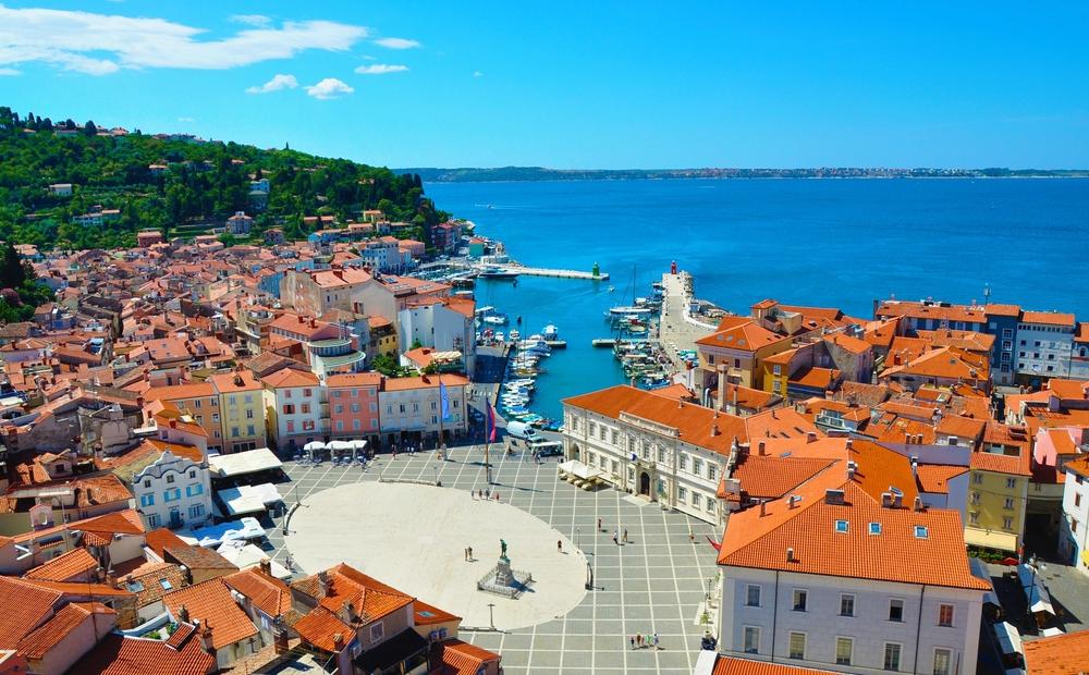 Town squarei n Piran Slovenia