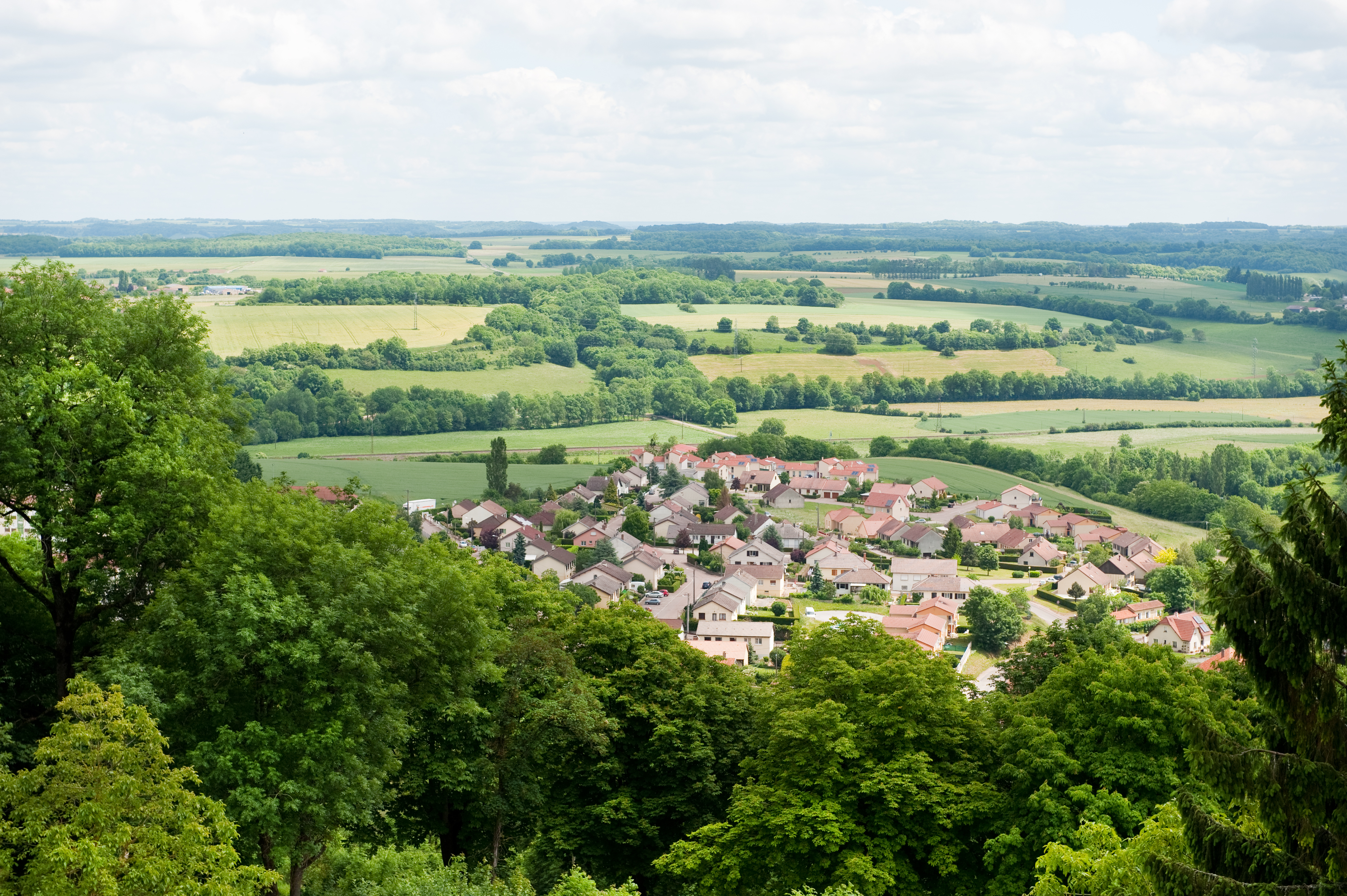 View-to-a-little-typical-French-village-in-the-Haute-Marne-in-France-from-the-walls-of-Langres