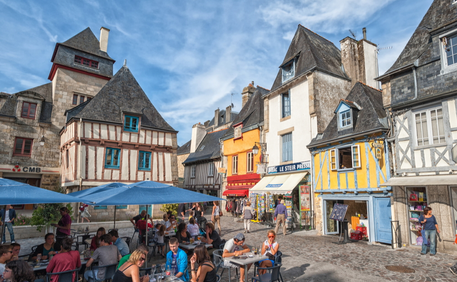 The central square of Quimper, Brittany. Boris Stroujko / Shutterstock.com