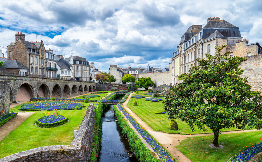 Vannes offers the best of small-city living within just a few hours of Paris.