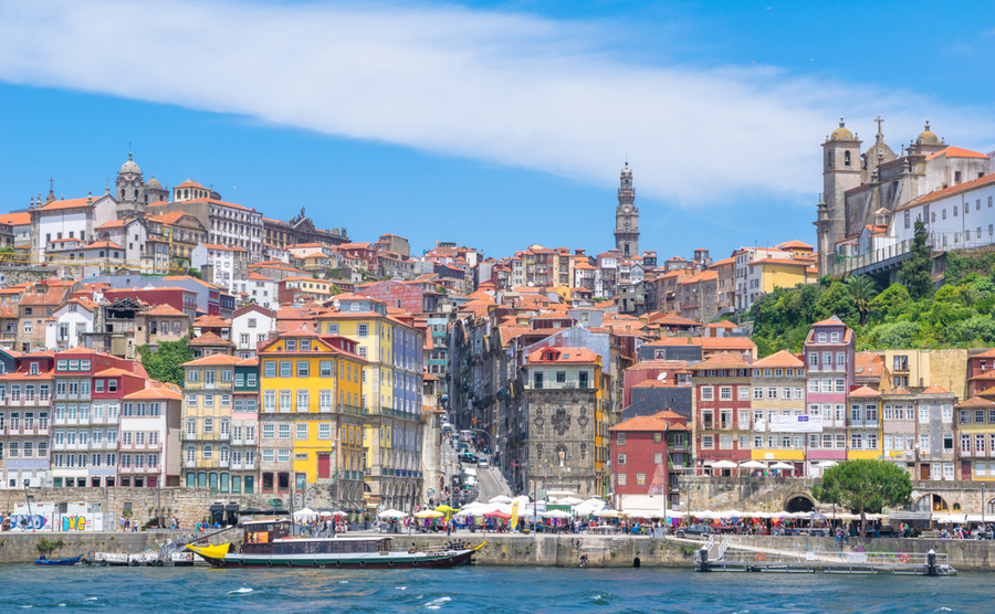 Porto is undergoing an exciting boom these days, so now is a great time to buy. Nido Huebl / Shutterstock.com
